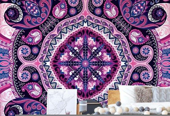 Fotobehang Purple Ethnic Pattern   VEXXXL - 416cm x 254cm   130gr/m2 Vlies