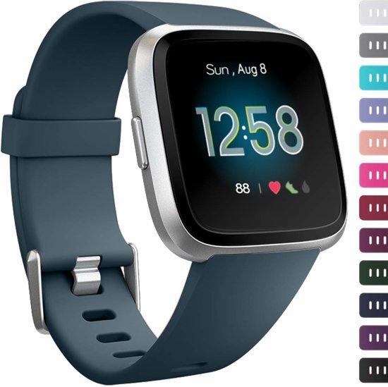 123Watches.nl Siliconen bandje - Fitbit Versa - Blauw - S/M