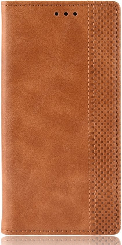 Mobigear Magnetic Buckle Retro Luxe Wallet Hoesje Bruin Motorola One Vision