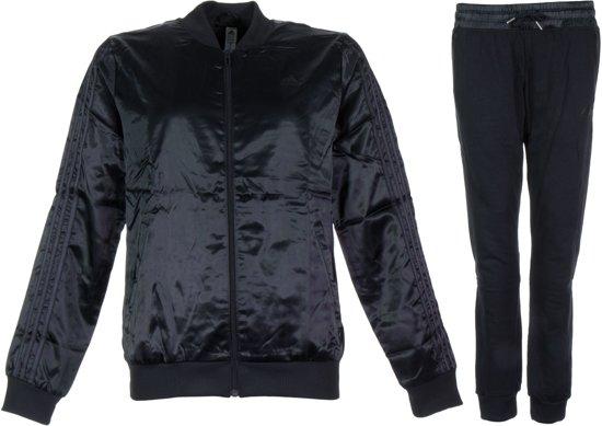 7d0ed62b30b bol.com | adidas Young Woven Trainingspak - Maat S - Vrouwen - zwart