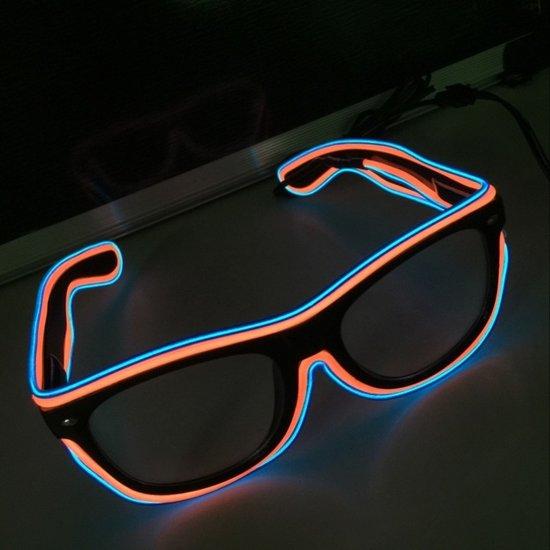 393332ad82b86a Lichtgevende LED Bril - Festival Disco Verlichting Zonnebril Met Licht -  Neon Glow In The Dark