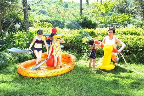 Jilong Kinderzwembad Playcenter piraatschip 187 x 136 114 cm