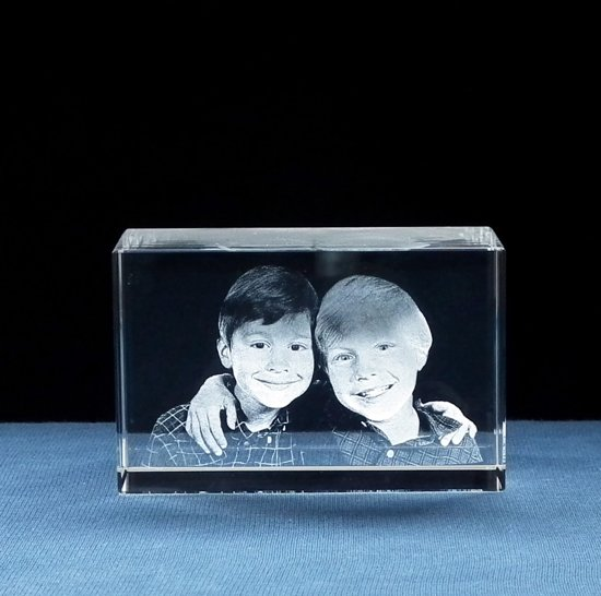 3d Glazen Kubus.Foto In Glas Blok 3d Met 2 Portretten