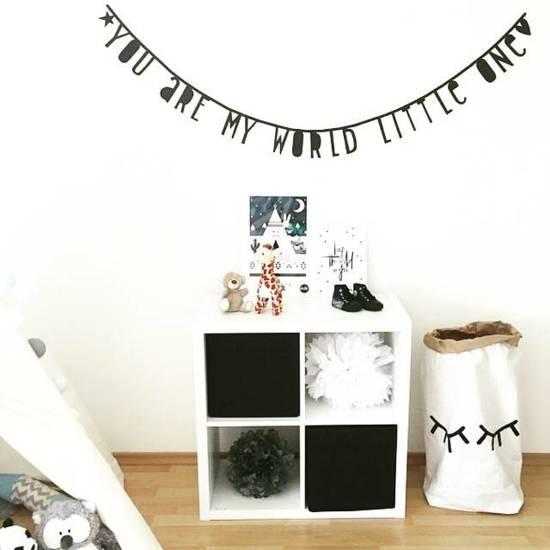 A Little Lovely Company Letter Banner - 147 Letters - Zwart