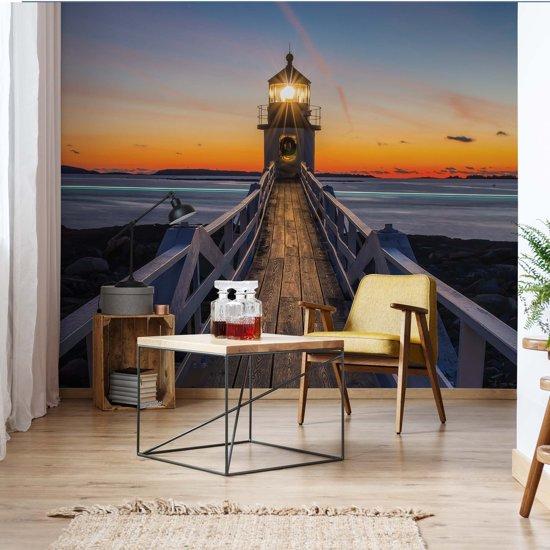 Fotobehang Lighthouse At Sunset   VEA - 206cm x 275cm   130gr/m2 Vlies