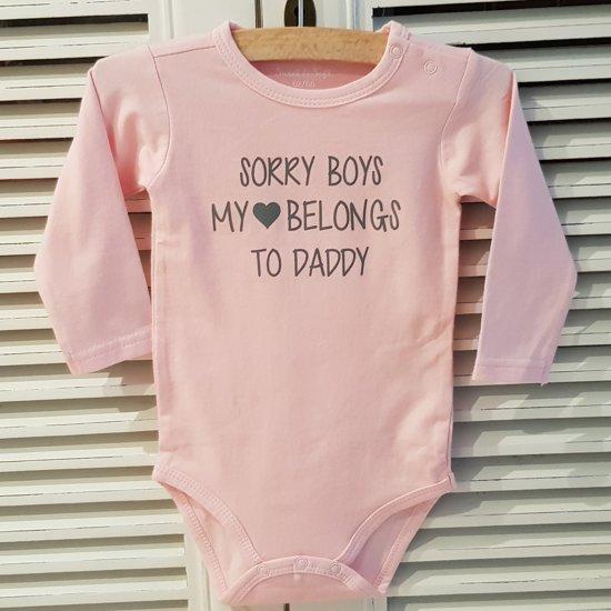 Baby Rompertje Licht Rose Meisje Met Tekst Papa Sorry Boys My Heart Belongs To Daddy Lange Mouw Roze Met Grijs Maat 5056 Eerste Vaderdag