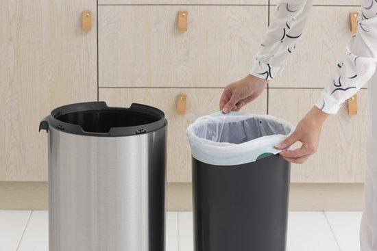 Brabantia Touch Bin Afvalverzamelaar 30 Liter.Brabantia Touch Bin 30 Liter Matt Steel Fingerprintproof