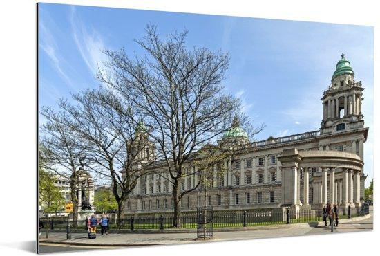 Het stadhuis is een bijzondere verschijning in Belfast Aluminium 90x60 cm - Foto print op Aluminium (metaal wanddecoratie)