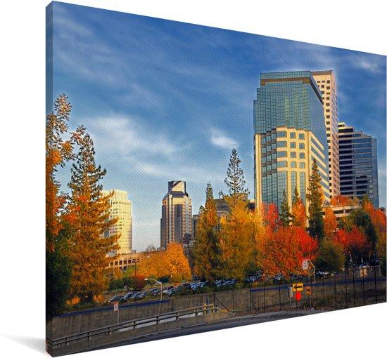 Blauwe lucht boven het Amerikaanse Sacramento Canvas 180x120 cm - Foto print op Canvas schilderij (Wanddecoratie woonkamer / slaapkamer) XXL / Groot formaat!