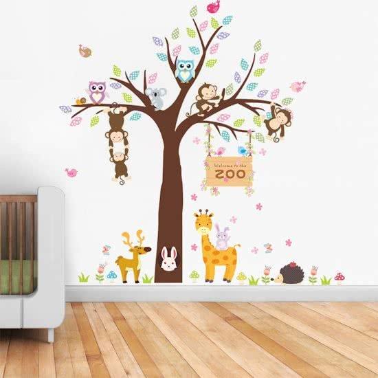 Muursticker dieren in boom kleurrijk for Houten decoratie boom