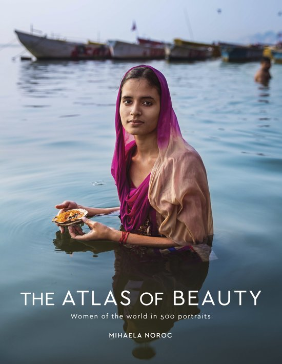 Boek cover Atlas of Beauty van Mihaela Noroc (Hardcover)