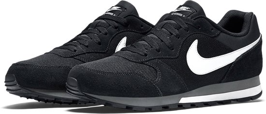 Nike MD Runner 2 Sneakers Heren - Black/White-Anthracite