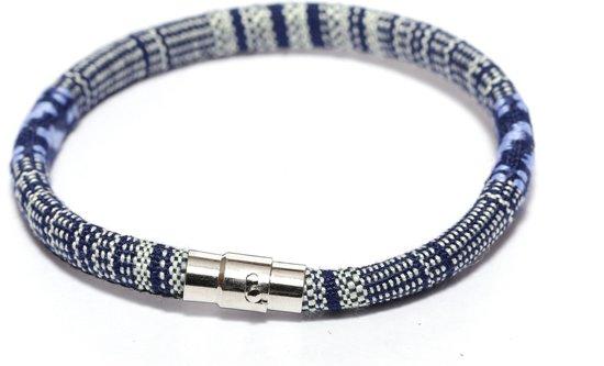 Stoffen armband met magneetsluiting - Blauw - Maat L