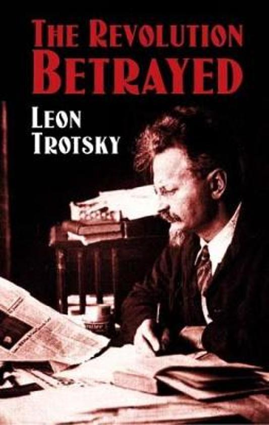 Boek cover The Revolution Betrayed van Leon Trotsky (Paperback)