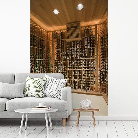 Fotobehang vinyl - Wijnkelder in het Amerikaanse Palm Springs breedte 200 cm x hoogte 300 cm - Foto print op behang (in 7 formaten beschikbaar)