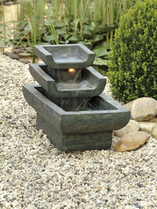 Ubbink waterornament waterornament tokyo for Vierkant zwembad met pomp