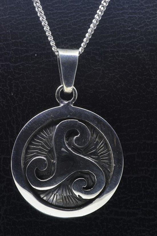 Zilveren Keltische triskel rond ketting hanger