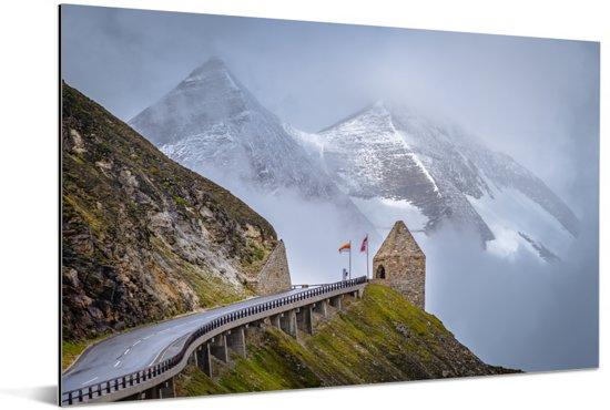 Bergen achter de Grossglockner Hoge Alpenweg in Europa Aluminium 90x60 cm - Foto print op Aluminium (metaal wanddecoratie)