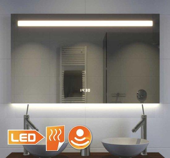 Design badkamerspiegel met klok verlichting en Badkamerspiegel met led verlichting en verwarming