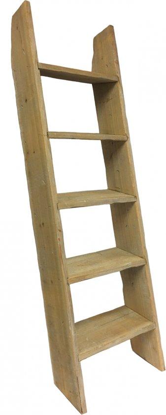 houten decoratie trap