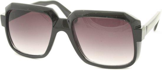 c99a2599f1428e Vierkante zonnebril Belle Zwart met UV bescherming