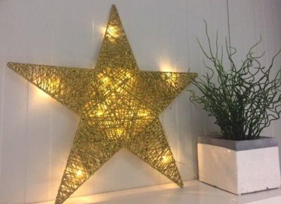 Gouden led ster 50 cm, 10 lampjes Valentinaa