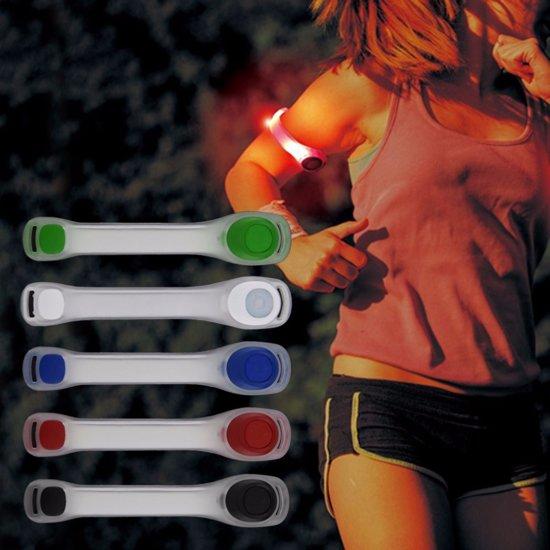bol.com | Reflecterende Hardloop / Fiets Sport Armband Met LED ...