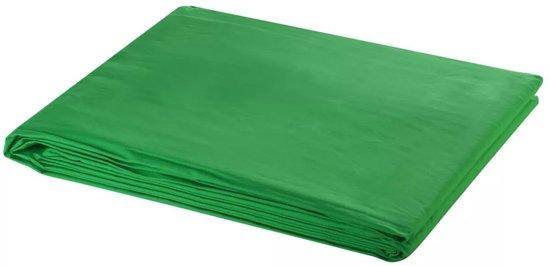 Green screen 600 x 300 cm. Chroma key