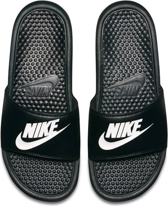 Jdi wit Nike Slippers Benassi Zwart 42 Unisex Maat az5W6xnR