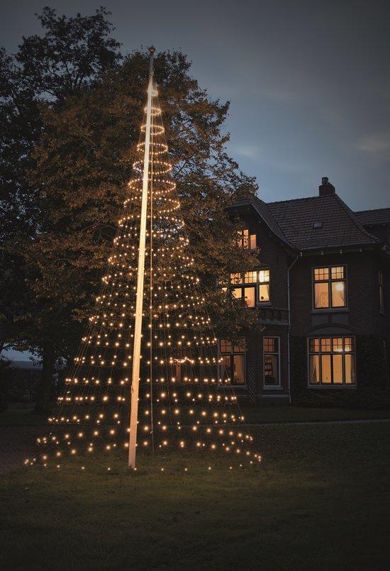 Kerstboom Vlaggenmast Verlichting