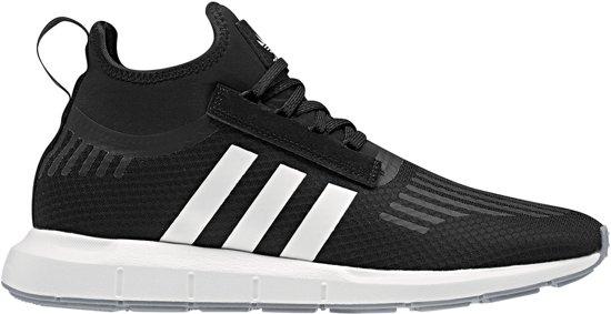 adidas Swift Run Barrier Sportschoenen - Maat 44 2/3 - Mannen -  groen/zwart/wit