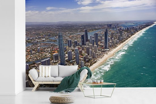 Fotobehang vinyl - Luchtfoto van de Gold Coast in Australië breedte 390 cm x hoogte 260 cm - Foto print op behang (in 7 formaten beschikbaar)