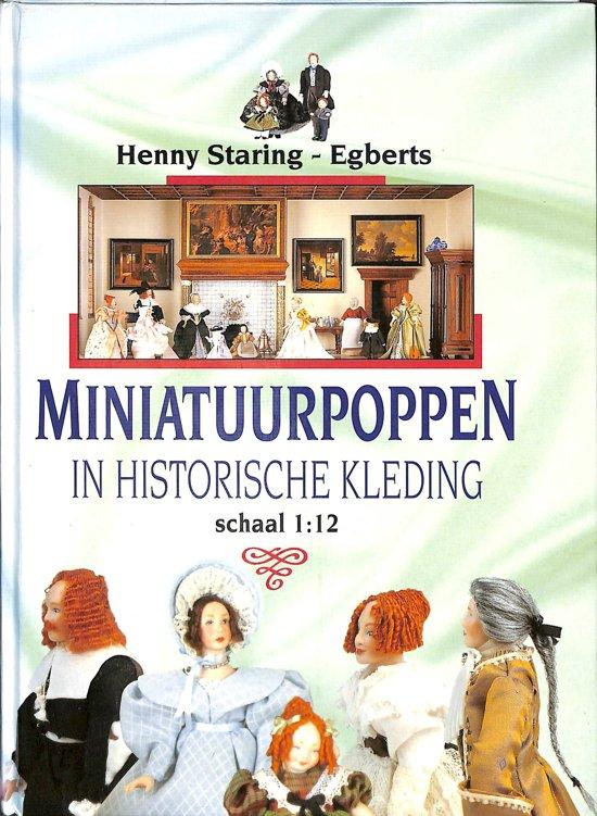 Bolcom Miniatuurpoppen In Historische Kleding Henny Staring