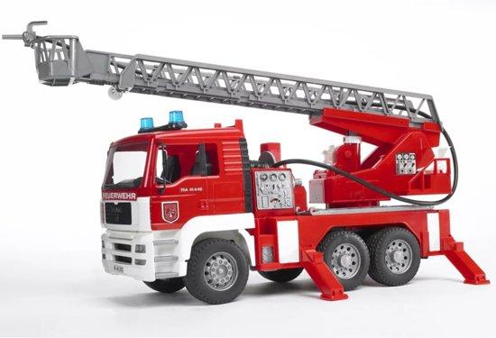Bruder 02771 - MAN Brandweerwagen met draaibare ladder,waterpomp en licht- en geluidsmodule - Ladderwagen