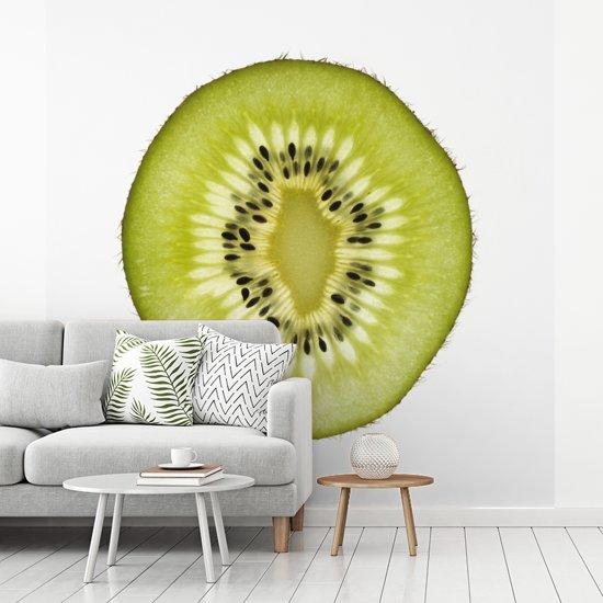 Fotobehang vinyl - Dwarsdoorsnede van prachtig kiwi's breedte 400 cm x hoogte 400 cm - Foto print op behang (in 7 formaten beschikbaar)