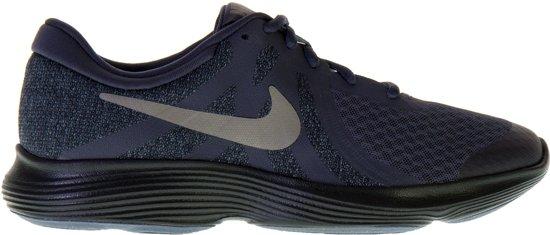 Nike Revolution 4 (GS) Sneakers Sportschoenen - Maat 38 - Unisex - grijs/zwart