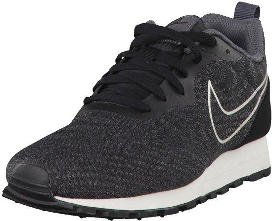 Nike MD Runner 2 Eng Mesh 916774 002, Mannen, Zwart, Sneakers maat: 40 EU