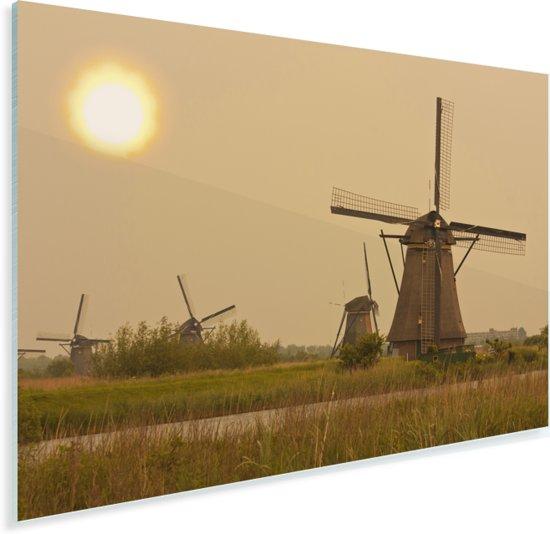 Landschap bij de Molens van Kinderdijk in Nederland Plexiglas 30x20 cm - klein - Foto print op Glas (Plexiglas wanddecoratie)