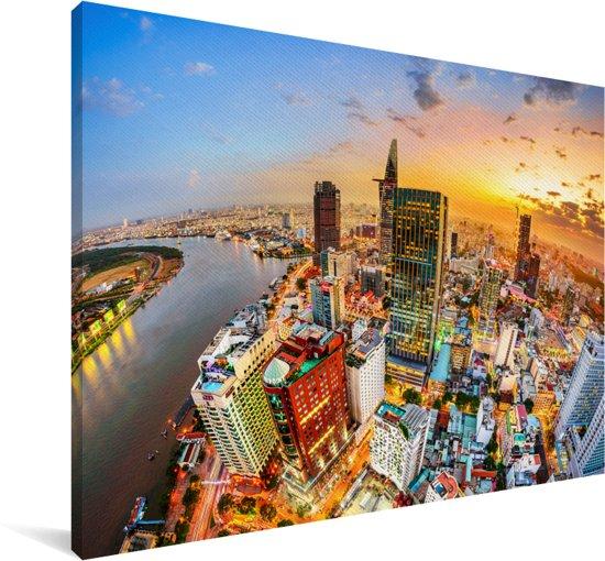 Luchtfoto en zonsondergang in de Vietnamese stad Ho Chi Minhstad Canvas 180x120 cm - Foto print op Canvas schilderij (Wanddecoratie woonkamer / slaapkamer) / Aziatische steden Canvas Schilderijen XXL / Groot formaat!