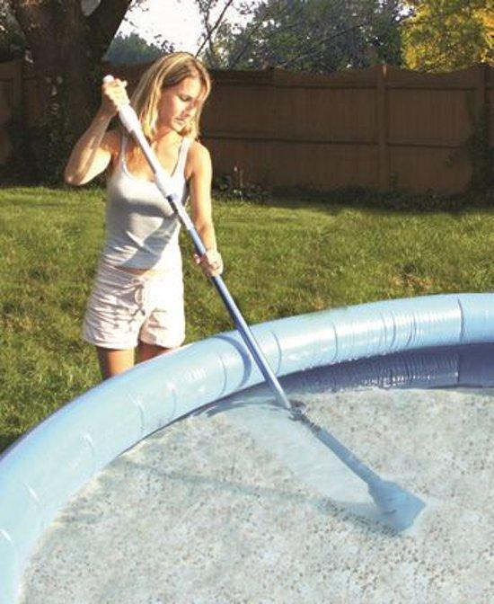 Aqua Broom zwembadstofzuiger op batterijen