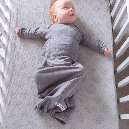 Lodger Baby slaapzak - Hopper Newborn Solid - Donkerroze - 0-4 mnd