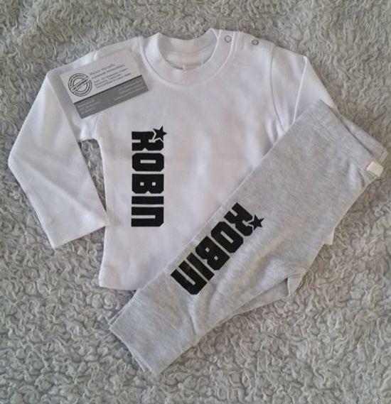 Shirtje met naam en ster | Lange of korte mouw | wit zwart of glitter | maat 56-110 | cadeau mijn 1e eerste kerst kerstmis of zwangerschapsaankondiging baby