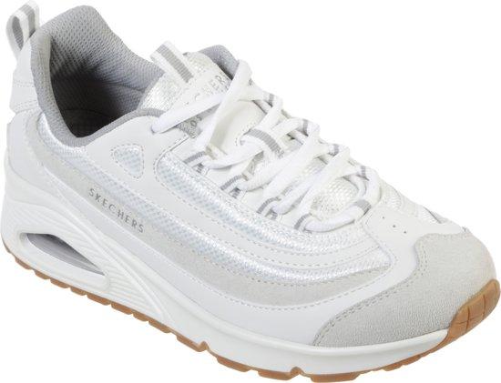 Sneakers Sude | Globos' Giftfinder