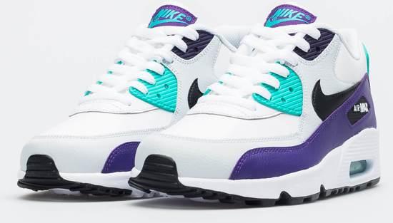 | Nike Air Max 90 Essential