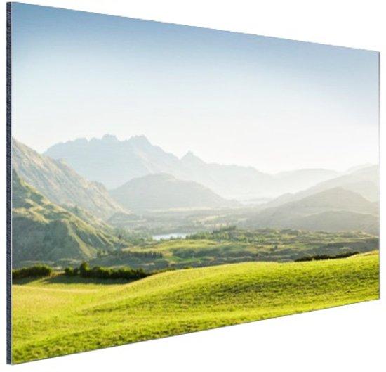 Heuvellandschap Nieuw-Zeeland  Aluminium 120x80 cm - Foto print op Aluminium (metaal wanddecoratie)