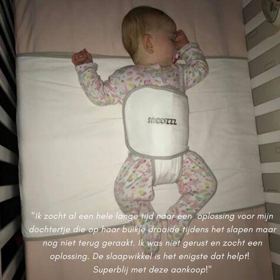 Snoozzz - Slaapwikkel Travel - Baby Slaaphulp voorkomt buikslapen voorkeurshouding - 0+ maanden - Wit/Grijs