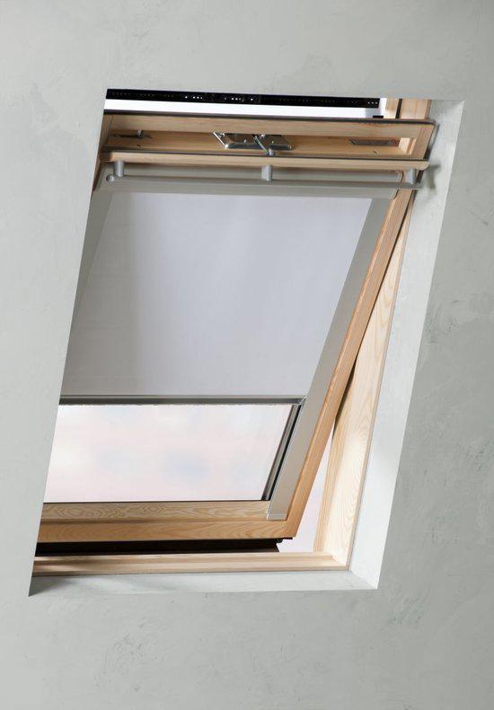 Pure Living - Dakraam rolgordijn verduisterend - White - 117,3x74 cm (type U04)