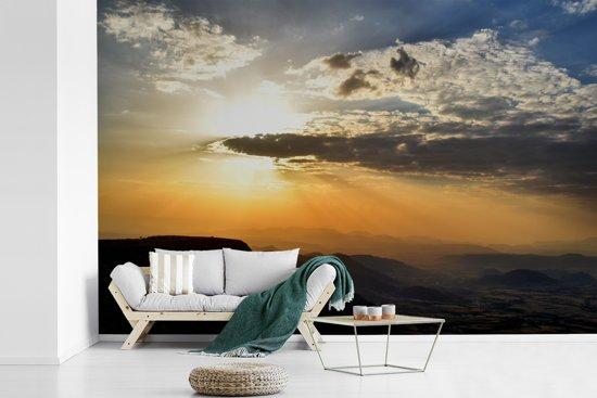Fotobehang vinyl - Zonsondergang over Lalibela in Ethiopië breedte 540 cm x hoogte 360 cm - Foto print op behang (in 7 formaten beschikbaar)
