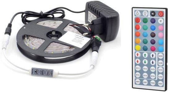 RGB led strip - 5m - Set RGB - kleuren - Inclusief afstandbediening en voeding met 44 knoppen