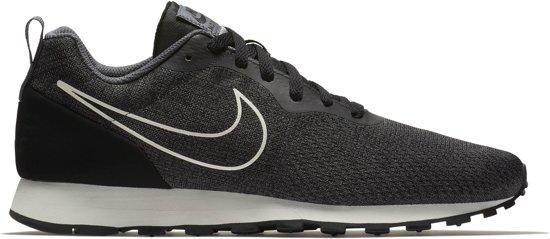 Nike MD Runner 2 ENG Mesh Sneakers Heren Sportschoenen Maat 44.5 Mannen grijszwartwit